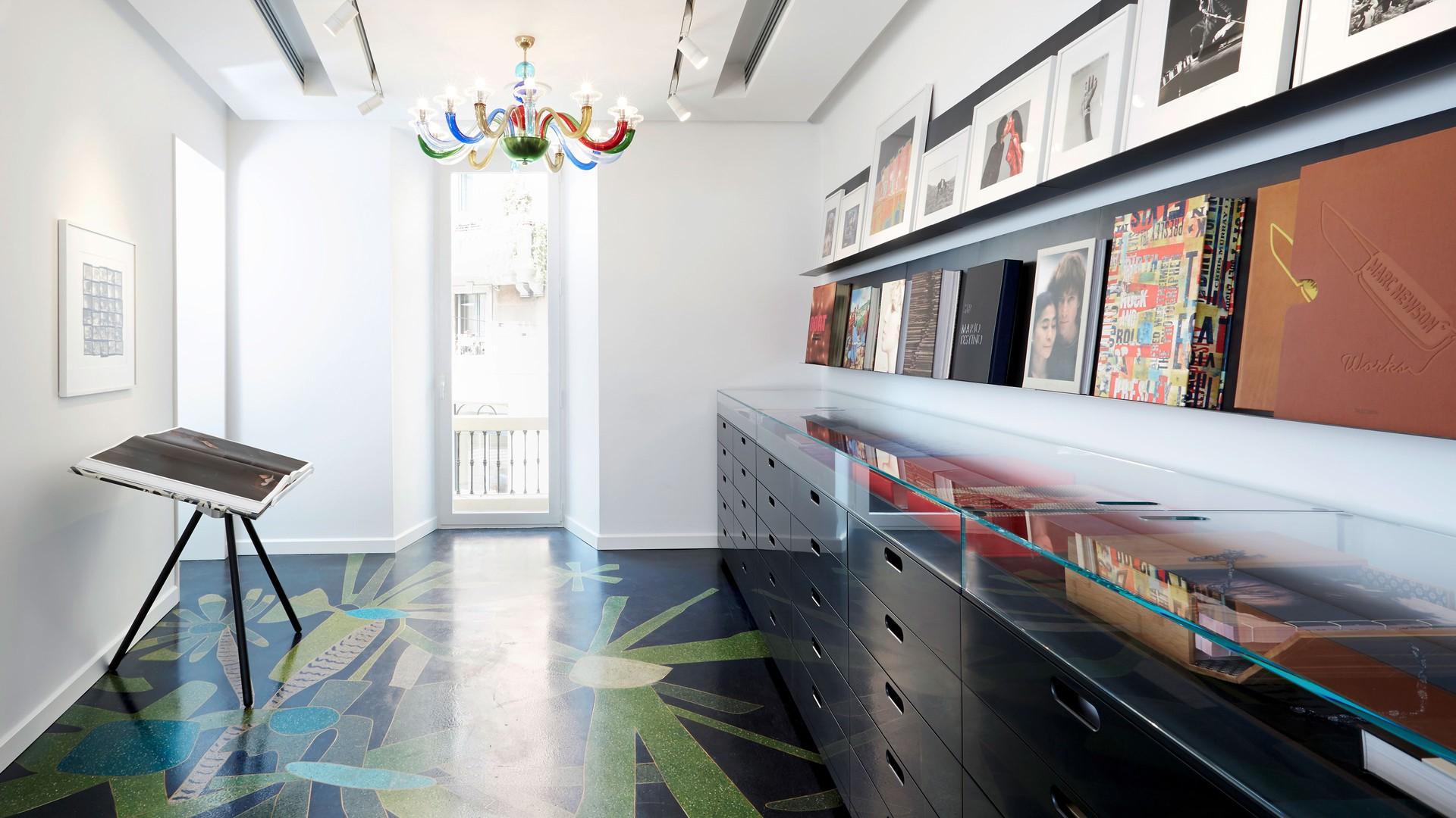 Taschen Milan Store   Furniture U0026 Display Systems